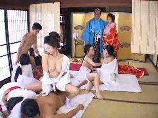 اليابانية, طقوس العربدة