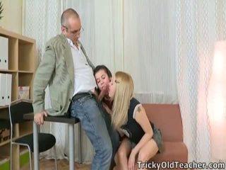 Video no jauns meitene having sekss ar a vecs vīrietis