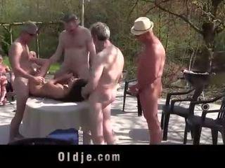 Anita bellini แก๊ง banged โดย 8 เก่า มีอารมณ์ cocks