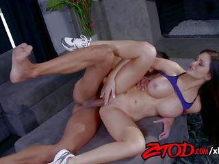 Kendall karson stacked in packed, brezplačno porno c3