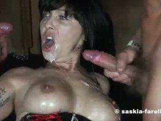 mutisks sekss, blowjob, gangbang