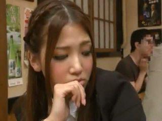 Nanako hoshizaki has αυτήν κάστορας που αγάπη από backside σε ο restaurant