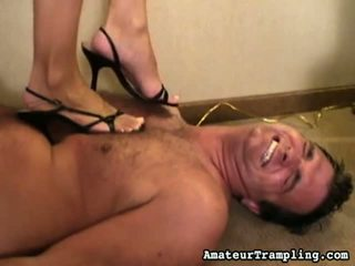 Superlatively добре з trample 4 4