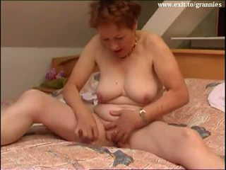 צורח joy 58 years סבתא mary וידאו