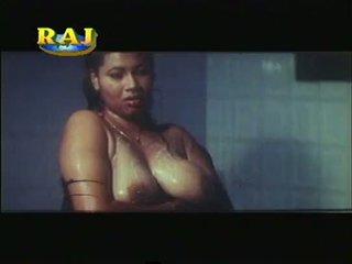Mallu erotikus jelenetek gyűjtemény [courtesy:http://spicymasalavideos.blogspot.com]