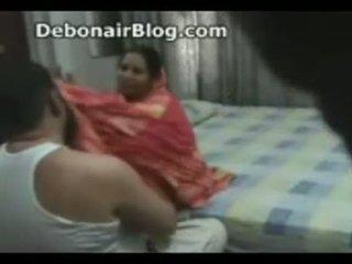Untold Sex Scandal With Nasty Pakistani Aunty