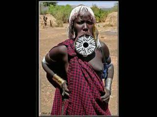 Nigerian luonnollinen afrikkalainen tyttö