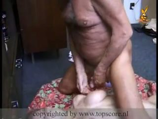 熱 青少年 gets 性交 由 爺爺
