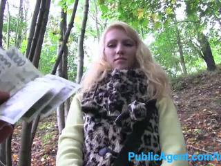 reality, blondes, outdoors