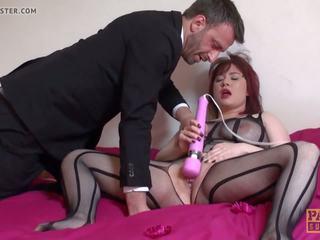 Deepthroated brit palaistuve masturbācija, bezmaksas porno e3