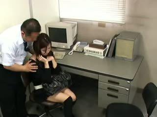 brunette, japanse, voyeur
