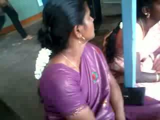 Satäng silke saree aunty, fria indisk porr video- 61