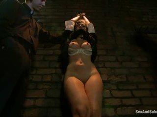 Corporal punishment për sinful murgeshë angell summers