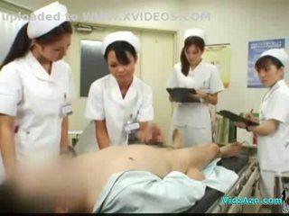 4 nurses giving мастурбація і мінет для пацієнт сперма для рот