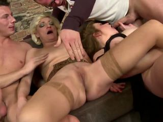 Group Fuck with Mature Moms and Young Boys: Free HD Porn 96