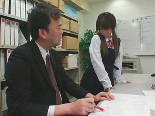 Maskë cumshots në aziatike schoolgirls