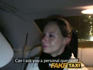 Faketaxi enza fucks me sa camera upang magbigay upang kanya ex - pornograpya video 111
