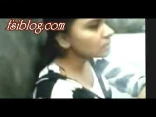 Bangladeshi du hostel flickor