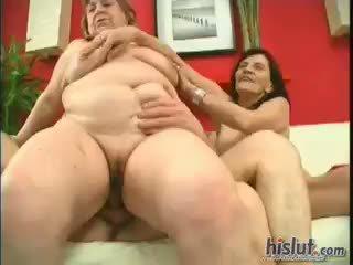 Estes meninas paired para cima