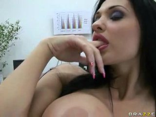 Aletta ocean gets banged à travail