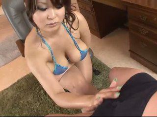 Dögös ázsiai -ban blue bikini blows egy fasz