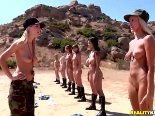 Breanne benson dhe të saj 10 gfs në lesbians ushtri