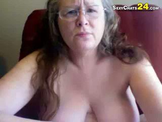 Tłusta okropne babunia uses seks zabawki do masturbate