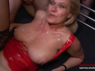 Multiple cumshots orgie - marina část 2 -, porno 92