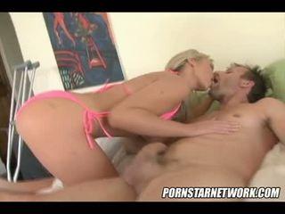 spaß blondinen, große brüste voll, große titten groß