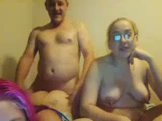 Fea regordeta daughters double-blowjob no su gorda papá