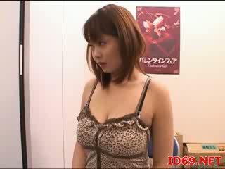 Japānieši av karstās modele
