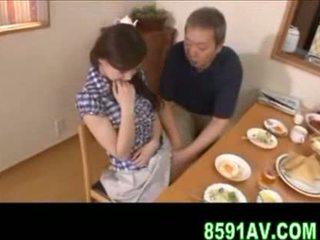 Krūtainas sieva gives vecāks vīrietis minēts