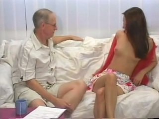 morena, sexo oral, adolescentes