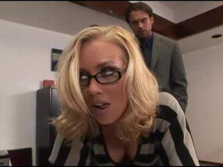 Nicole aniston birou