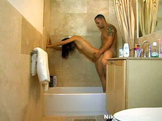 XXX Princess Nikki Price Taking The Shower And The Rod