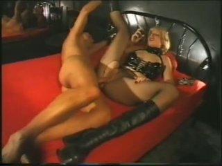 Smēķētāji fetišs - expensive paklīdusi sieviete smēķētāji kamēr working