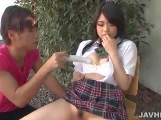 युवा runa mizuki को devour कॉक में आउटडोर दृश्यों: पॉर्न f9