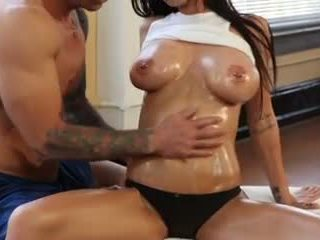 Alluring brunette - olie spelen, gratis groot boezem porno video- 3c