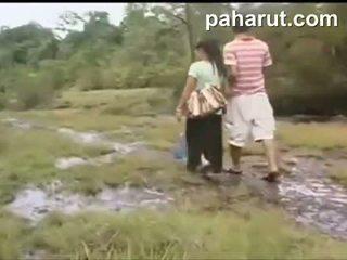 Kuuma thaimaalainen seksi sisään julkinen
