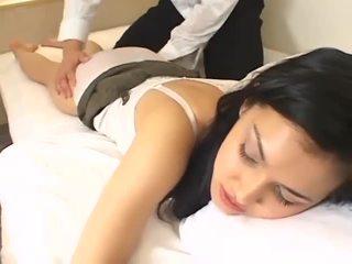 Maria ozawa massaged puis baisée