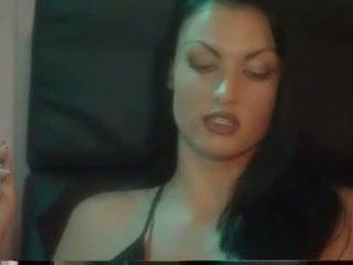 hq smoking Mainit, sa turing lesbian