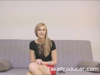 Inalt blonda alexa grace sugand de pe fakeproducer