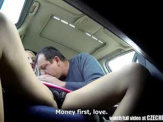 Ceh whores do nimic pentru bani