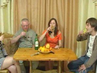 Pure руски семейство секс видео