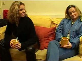 Francūzieši lesbiete dvīņi