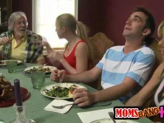 عائلة dinner عائلة جنس مع kristal summers