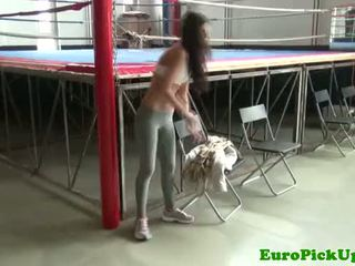 Echt amateur flashing in de gym