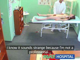 Fakehospital গর্জিয়াস বালিকা wants থেকে শেখা কিভাবে থেকে আছে unprotected যৌন
