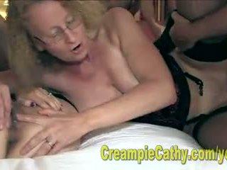 Alanna și cathy mânca o creampie