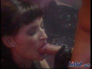 Dzimumloceklis izsalcis lola gets viņai maz vāvere slammed